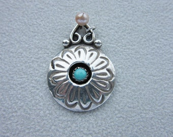 Pendant, sterling silver, jewelry, necklace, native, navajo, handmade, turquoise, floral ornament,