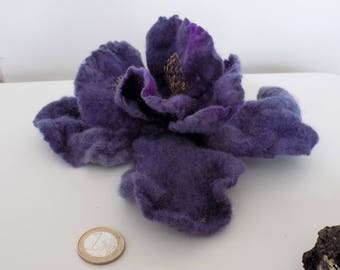 Iris flower, felted Iris, kind of Iris flower brooch, Violet flower on pin and clip metal base, dress pin, hair clip, felted flower,
