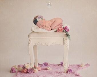 Newborn Digital Backdrop/ prop - vintage floral chair (Obelia)