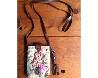 Small Beaded Leather Crossbody Purse BEAUTIFUL Embroidered