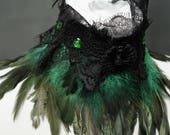 Green Gothic chocker with feathers and lace, necklace gothic with feathers and lace