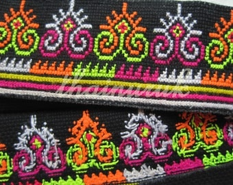 Hmong hill tribe crafts