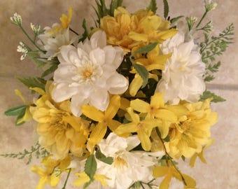 Summer Florals, Spring Florals, Mason Jar Florals, Mason Jar Flowers, Mason Jar Arrangement, Small Centerpiece, Floral Arrangement