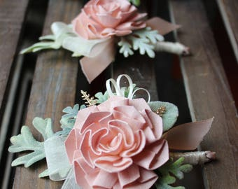 Sola Boutonniere Etsy