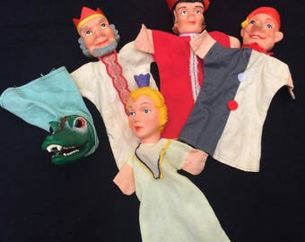 Set of 5 vintage hand puppets in good vintage condition