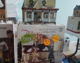 FREE SHIPPING, Department 56 Lakeshore Holiday House