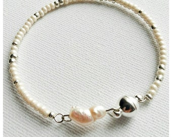 "HALF PRICE~7.5"" Long Biwa Pearl Bracelet With Magnetic Clasp"