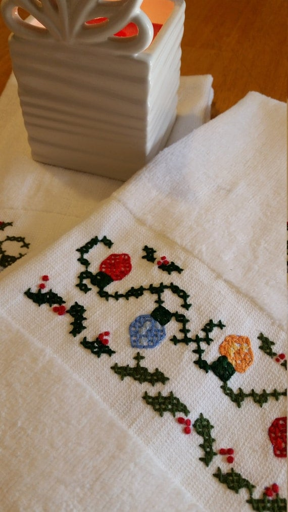 holiday terrycloth guest towels