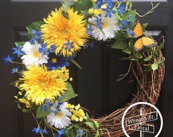 Summer Wreath, Daisy Wreath, Yellow Wreath, Blue Wreath, Front Door Wreath, Wreath Street Floral, Grapevine Wreath, Everyday Wreath