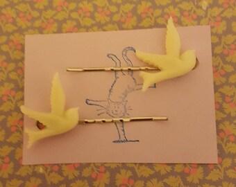 Handmade cream bird bobby pins - set of two 23mm cream bird bobby pin hairclips