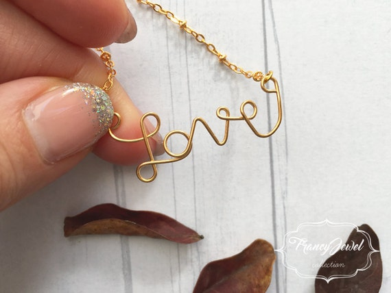 Love, love necklace, gold necklace, love writing, handmade necklace, custom name jewelry, birthday gift, Valentine's gift, made in Italy