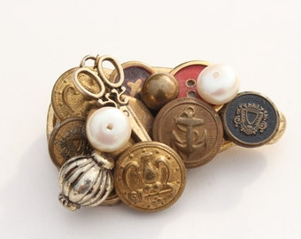 Vintage Buttons Brooch