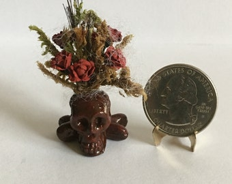 Dollhouse Miniature Skull Floral Arrangement Red