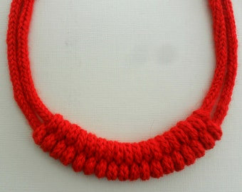 knot crocheted necklace