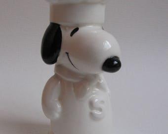 Vintage Snoopy salt spreader