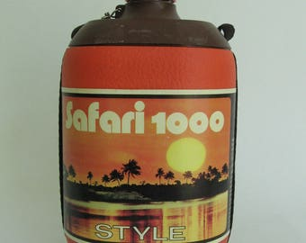 Vintage thermos for hot and cold drinking Quattro Elle made in Italy.