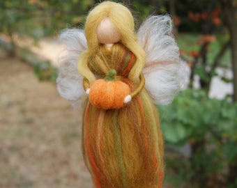 Wool Fairy, Autumn fairy, Needle felted autumn fairy,needle felted fairy, Waldorf fairy, Waldorf Inspired Wool Fairy