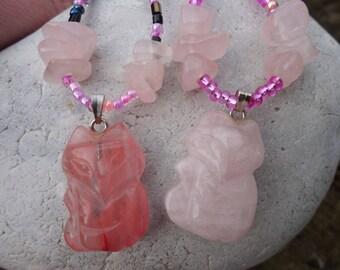 """""""protector"""" necklace, small Fox of rose quartz or quartz cherry"""