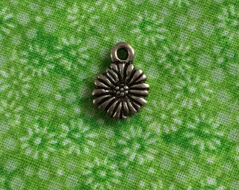 Silver Daisy Charm Destash - Small Flower Jewelry Supply