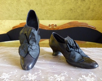Edwardian Black Leather & Silk Pumps, ca. 1910