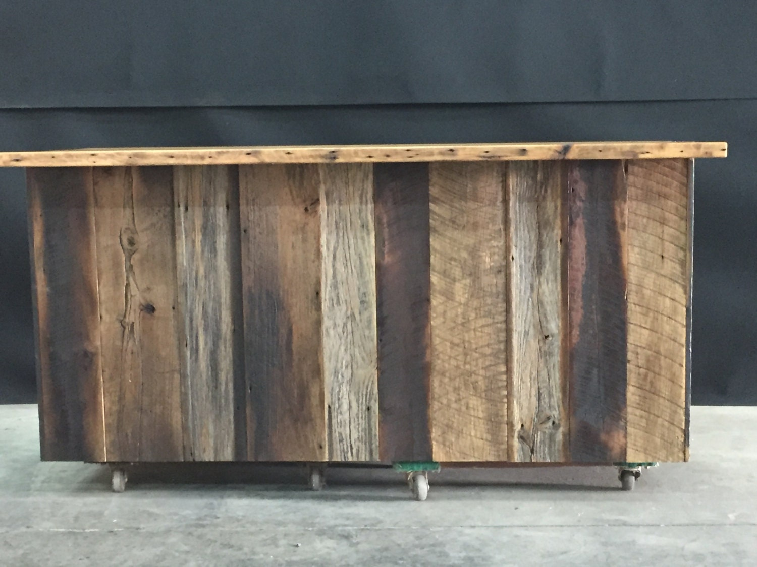 reclaimed kitchen island reclaimed barnwood kitchen island 14677