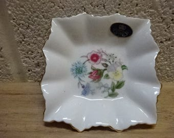 Pretty Little Aynsley Wild Tudor Trinket Dish/Pin Dish/Vintage/1970s