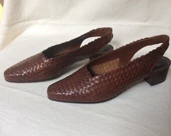 Enzo Anglioni Woven Leather Brown Rounded Square Toe Block Heel Slingback Pumps (10M)
