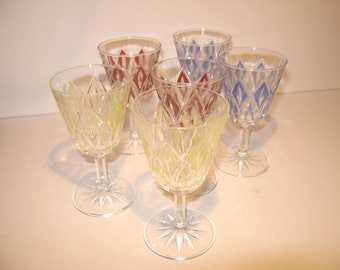 Chic French wine-glasses from the time around 1960
