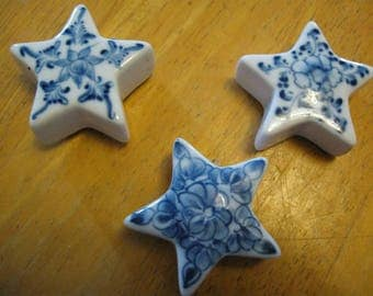 ship free 3  small blue and white stars