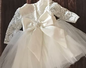Couture Lace Baby Girl Baptism Dress or Flower Girl Dress / Baptism Dress / Big Bow Dress / Christening Dress / Flower Girl / Baby Girl Lace