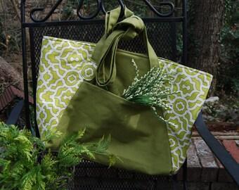 Green canvas shopping bag