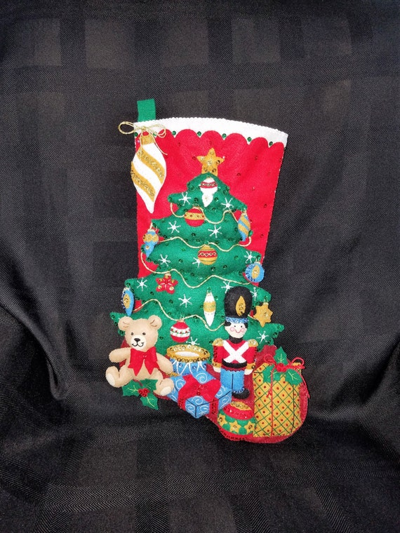 "UNDER THE TREE 18"" Bucilla Felt Christmas Stocking"