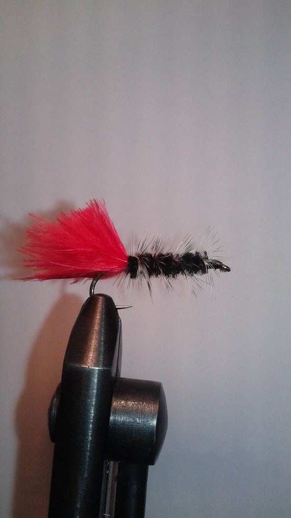 3 hand tied wolly bugger