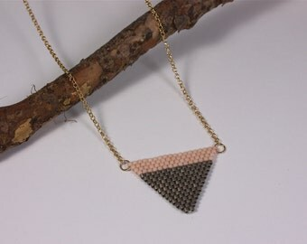 Necklace Grey Pink Triangle