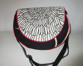 Messenger bag, handbag, cross body bag, shoulder bag