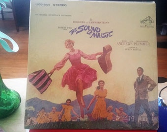 Free US Shipping / Vintage 1965 The Sound Of Music Vinyl Record Album / Original Soundtrack Recording / Sleeve booklet Record Excellent