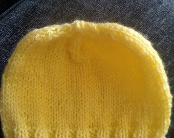 Newborn girls hat - sunshine yellow