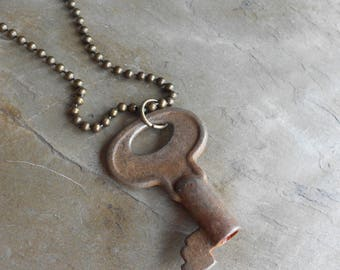 ELLIE/ ANTIQUE KEY necklace