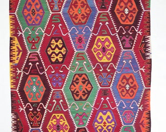 Handwoven, traditional Barak kilim  from the region Kaş / Antalya. 290 x 160 cm