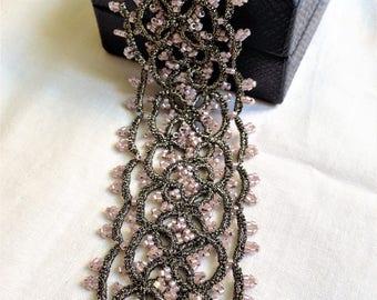 Bracelet tatting lace.