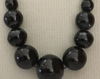 1920's Black Marble Graduated Bead Necklace