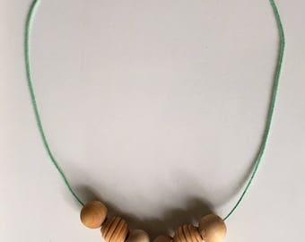 the dogwood // organic teething necklace