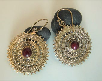 Ethnic earrings. Ethnic Brass earrings. Boho chic earrings. Ethnic jewelry. Ethnic earrings. Pending Boho Chic. Ethnic jewellery.