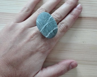 striped stone ring