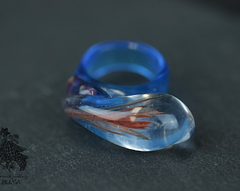 Ring of glass blue with Red Fern