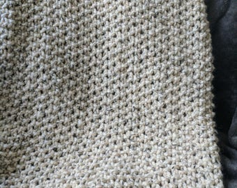 Knitting Pattern | Seed Stitch Throw Blanket Knitting Pattern | Light Weight Throw Pattern | Beginner Knitting Pattern