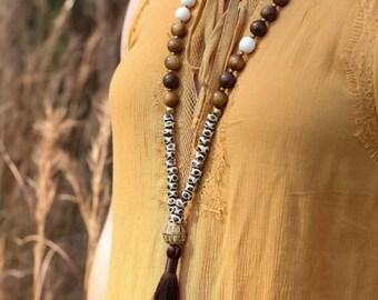 Porcelain bead necklace