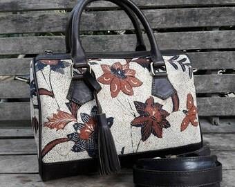 Kembang Batik Bag