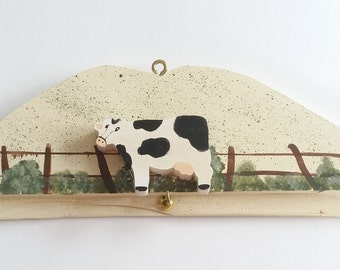 Vintage Hand Painted Cow in Front of a Wood Fence Country Scene Key Hanger Holder Wall Mounted Hanging Hook Rack Rustic Home Decor