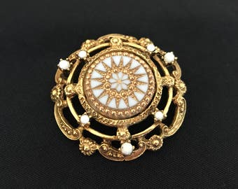 Vintage Brooch Gold Scalloped Milk Glass Flower Star Burst
